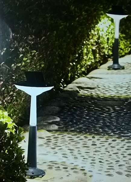 Solarna baštenska LED lampa Intex 28689